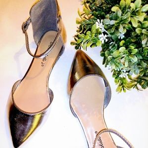 BRECKELLE'S Silver Flat Shoes